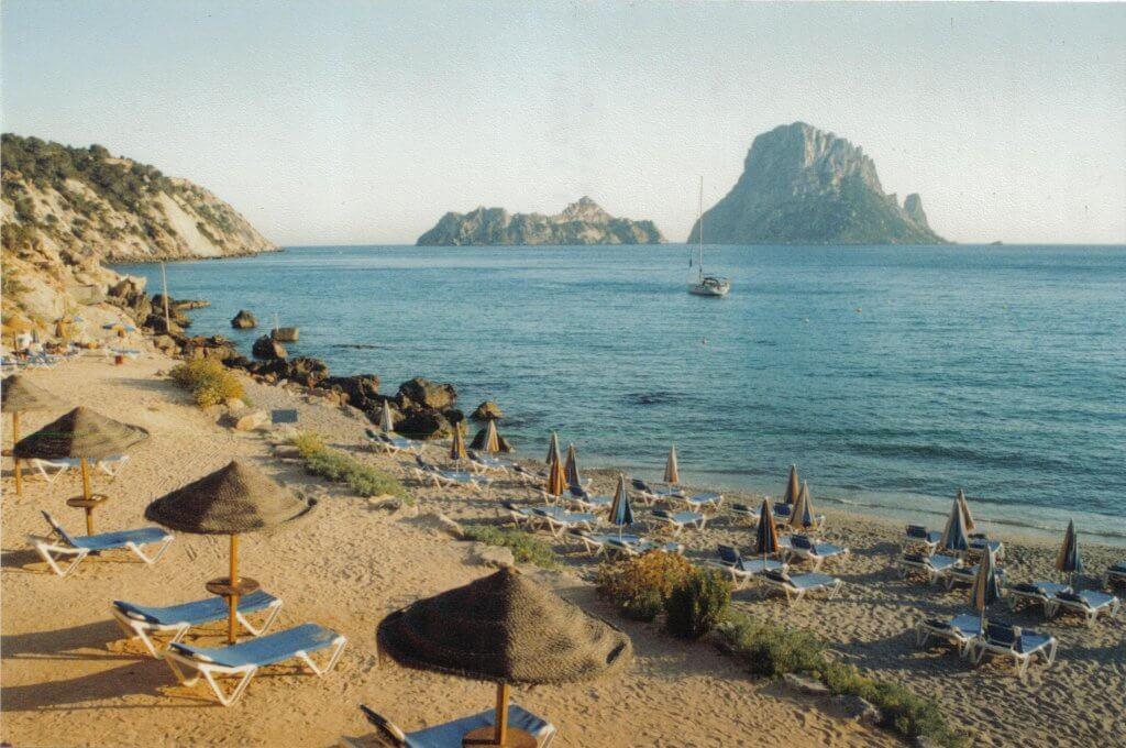 Cala d'Horts beach ibiza Boating