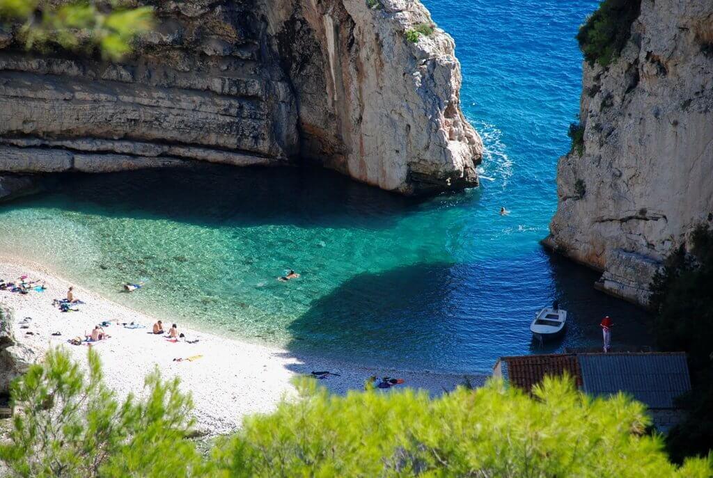 Stiniva, Vis - Sailing route Croatia